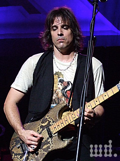 Musicplayerscom Features Guitars Warren Demartini