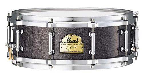 http://www.musicplayers.com/reviews/drums/2007/images/Pearl_Virgil_VD1450snare.jpg